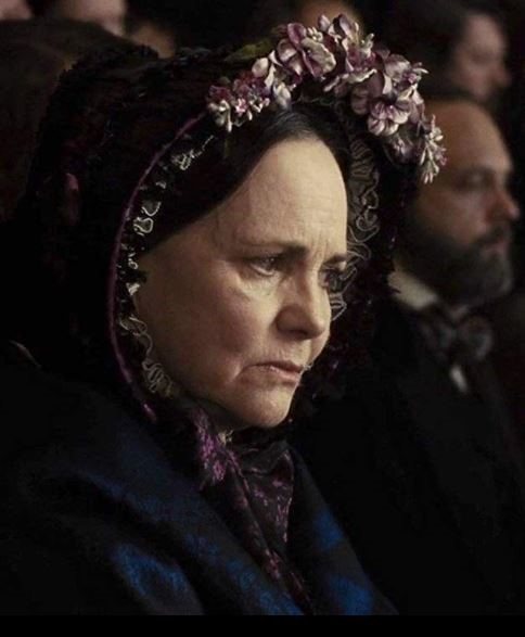 Sally Field In Scene As Mary Todd Lincoln From Lincoln 2012